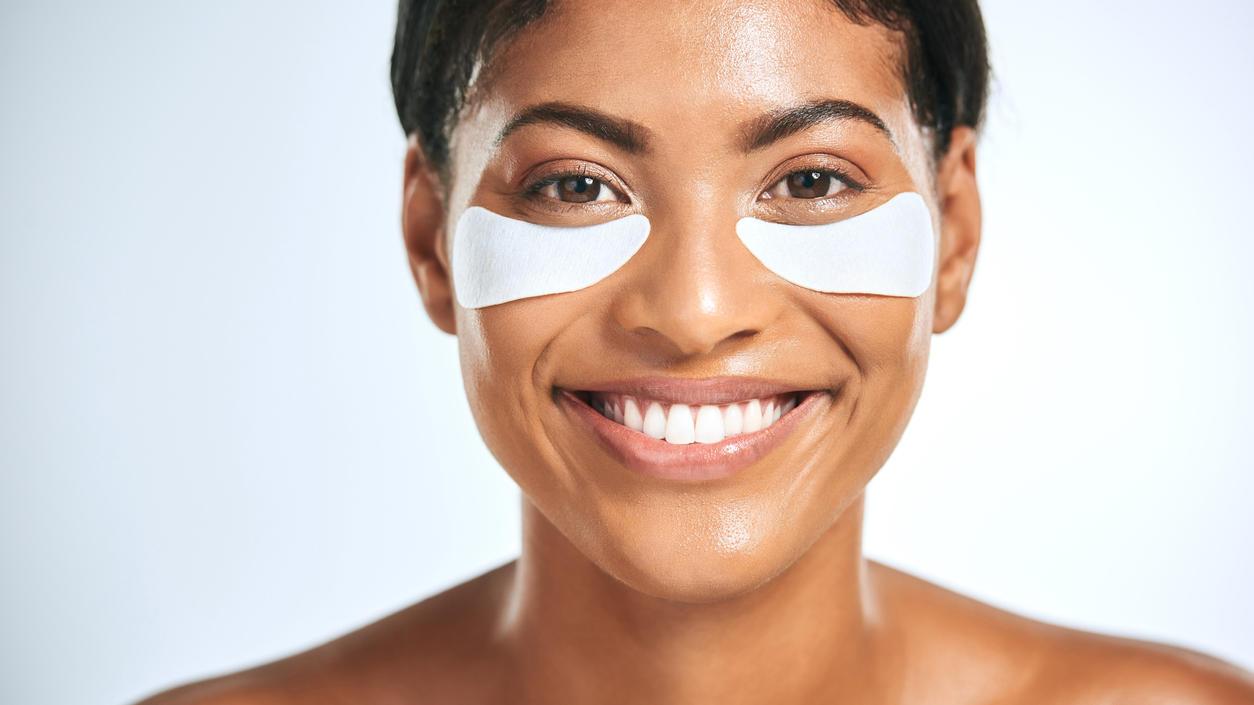 Wer eine Sofortlösung gegen Schatten und Tränensäcke unter den Augen sucht, sollte Eye Pads ausprobieren.