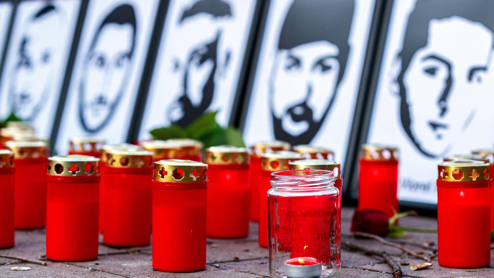 Gedenken der Opfer am ersten Jahrestag des rechtsextremen Anschlags