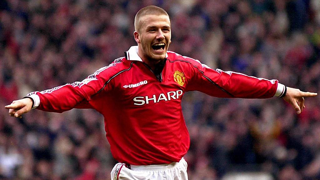 Abrasierte Matte: David Beckham im Trikot von Manchester United im Jahr 2000.