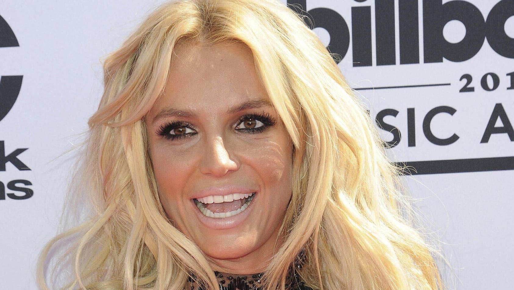 Hat Britney Spears sich heimlich verlobt?