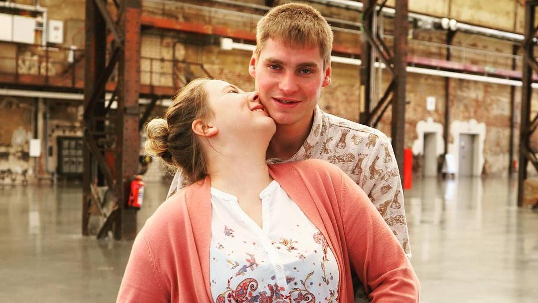 Sarafina und Peter Wollny schweben im 7. Eltern-Himmel. Endlich sind ihre Zwillinge zu Hause eingezogen.