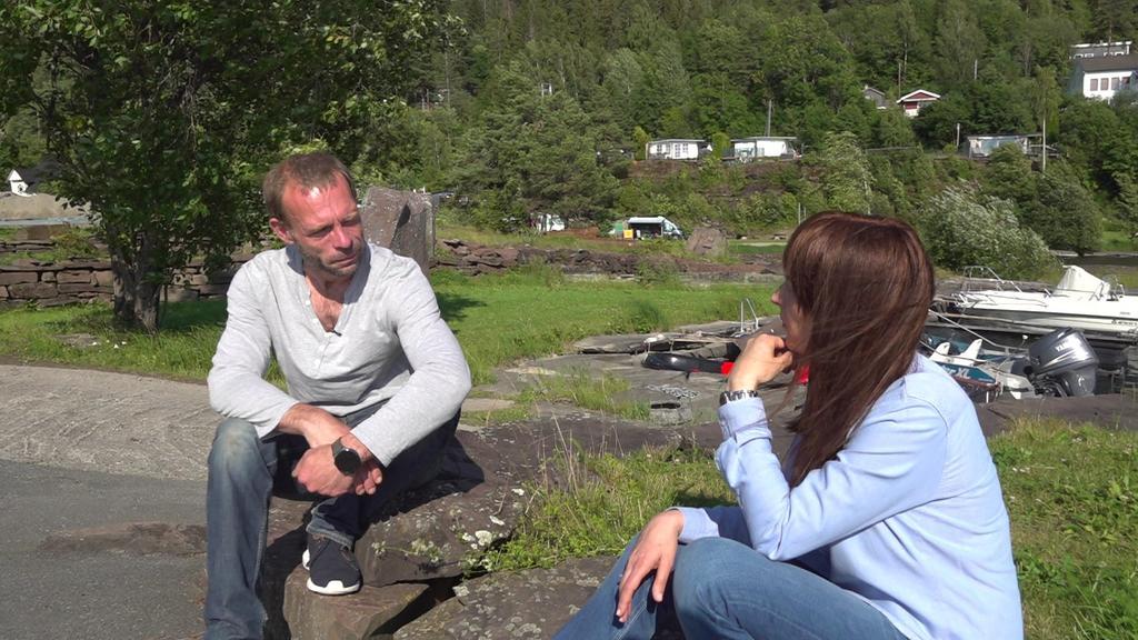 Marcel Gleffe und RTL-Reporterin Anna Hohns