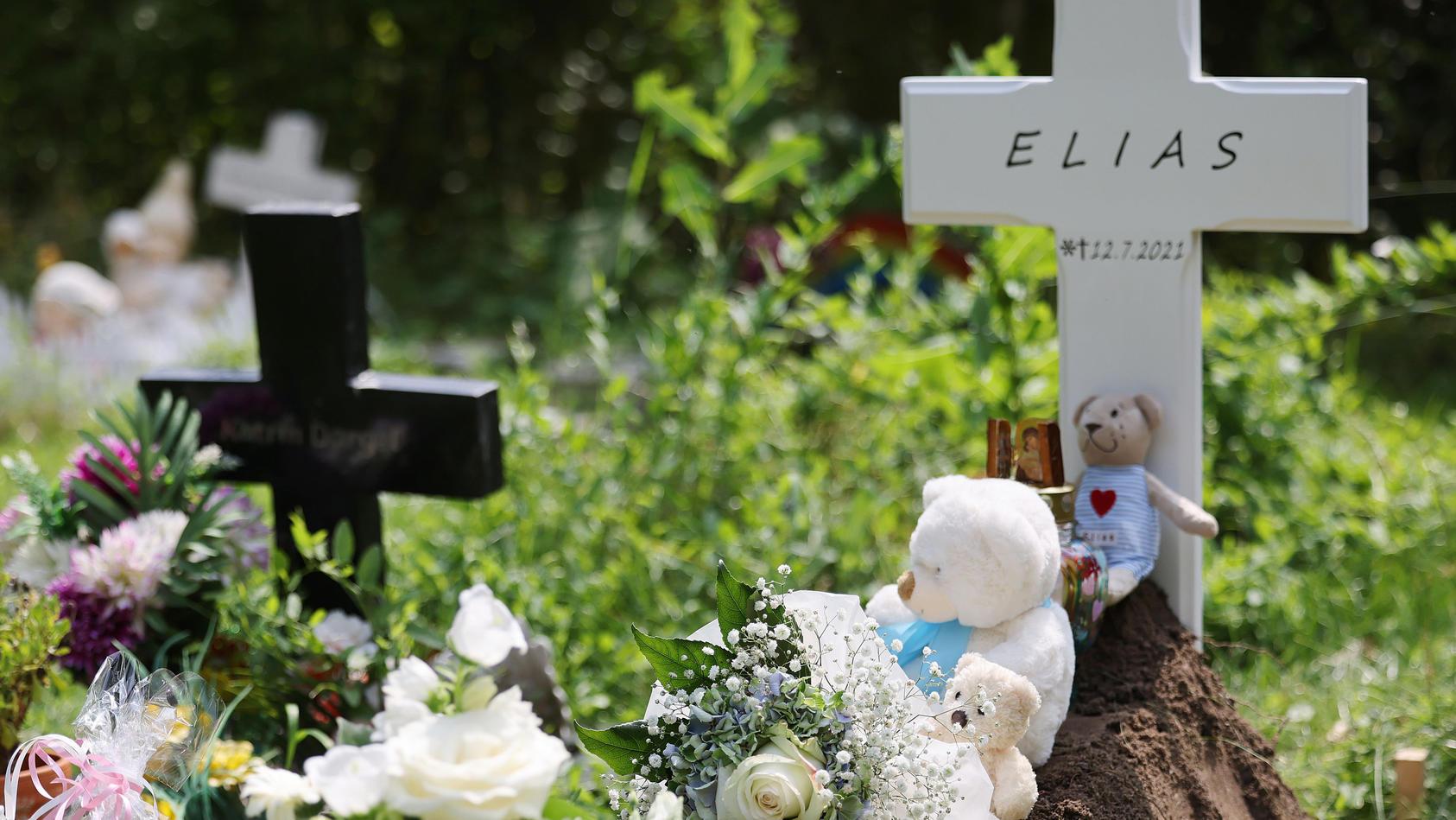 Vor Babyklappe gefundener Säugling beerdigt