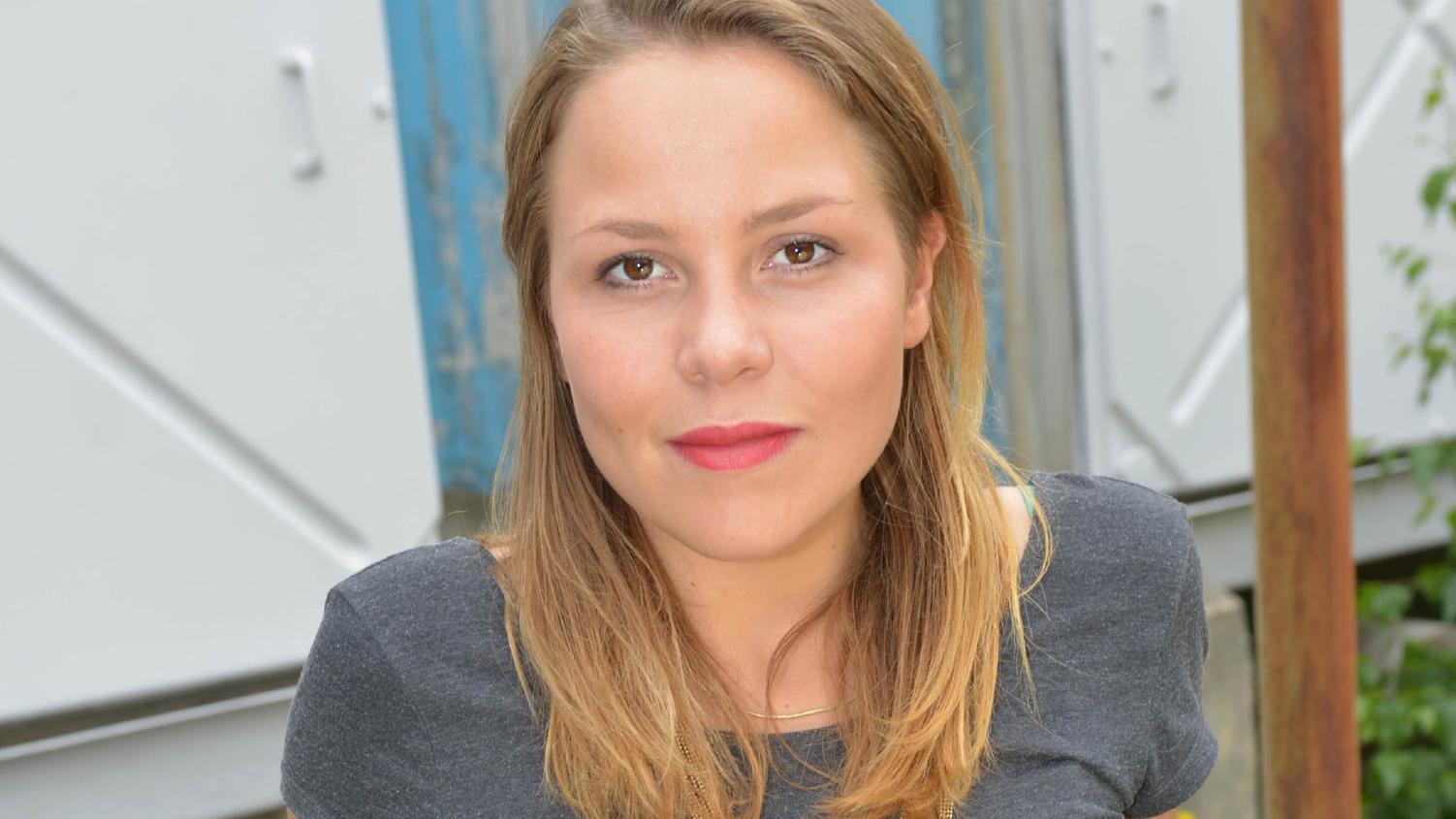 AWZ-Schauspielerin Franziska van der Heide wird im November zum ersten Mal Mutter.