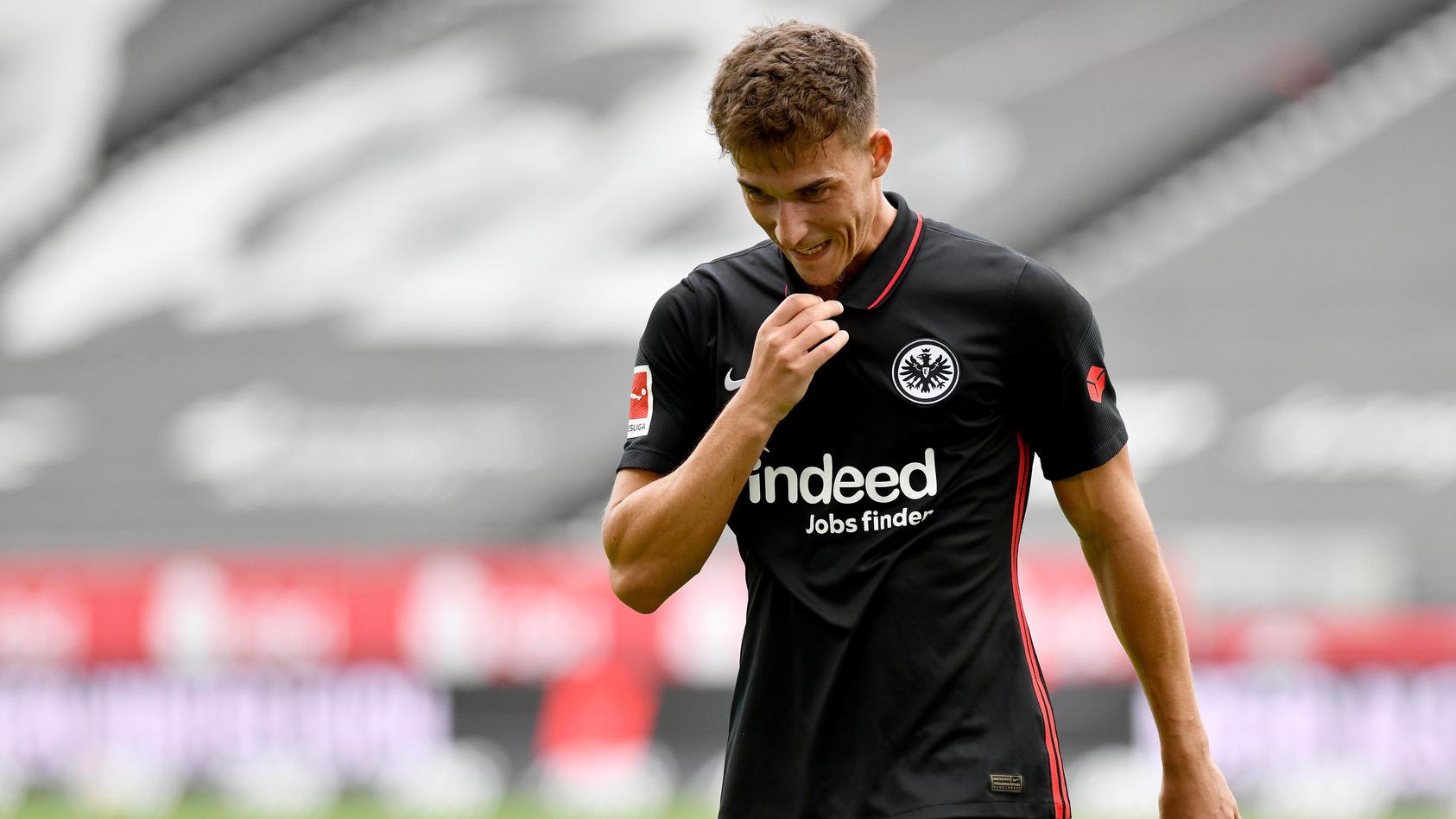 Doppelt getroffen, dennoch verloren: Ajdin Hrustic beim Spiel gegen Strasbourg