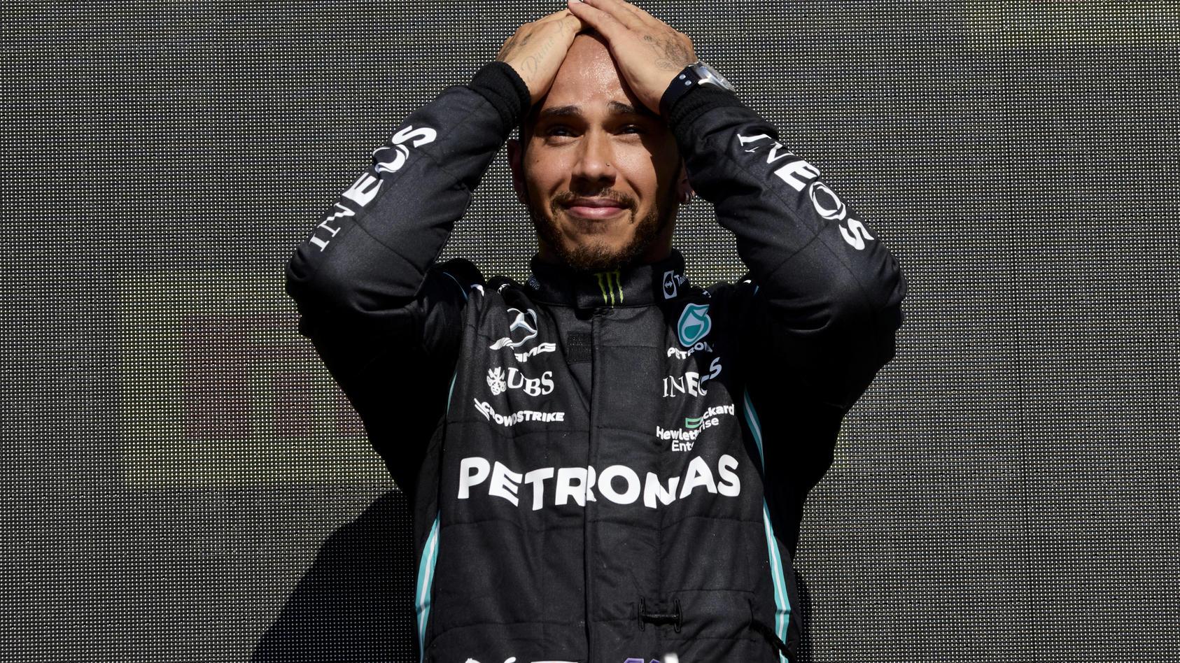 Dass er auf seine 'alten' F1-Tage noch zum Simulator-Fahrer wird, hätte Lewis Hamilton sicher auch nicht gedacht