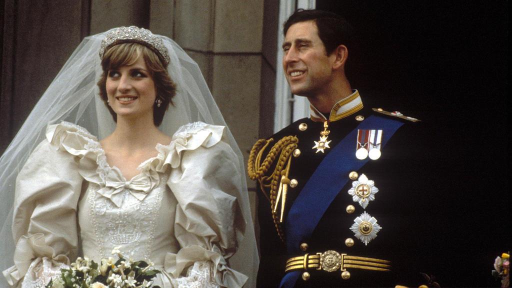 Prinzessin Diana und Prinz Charles bei ihrer Hochzeit am 29. Juli 1981.