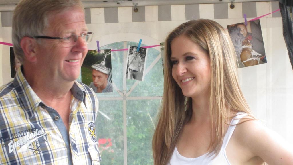 Karina Dove und ihr Vater Bernhard, für den die 35-Jährige aktuell einen Stammzellenspender sucht.
