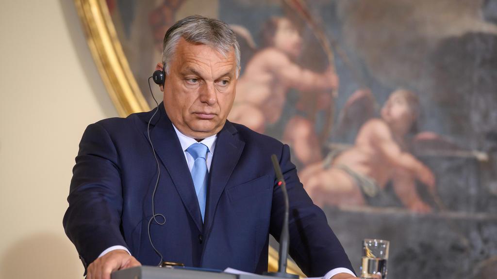 09.07.2021, Slowenien, Ljubljana: Viktor Orban, Ministerpräsident von Ungarn, während einer Pressekonferenz in der Nationalgalerie. Foto: Nebojsa Tejic/STA/dpa +++ dpa-Bildfunk +++