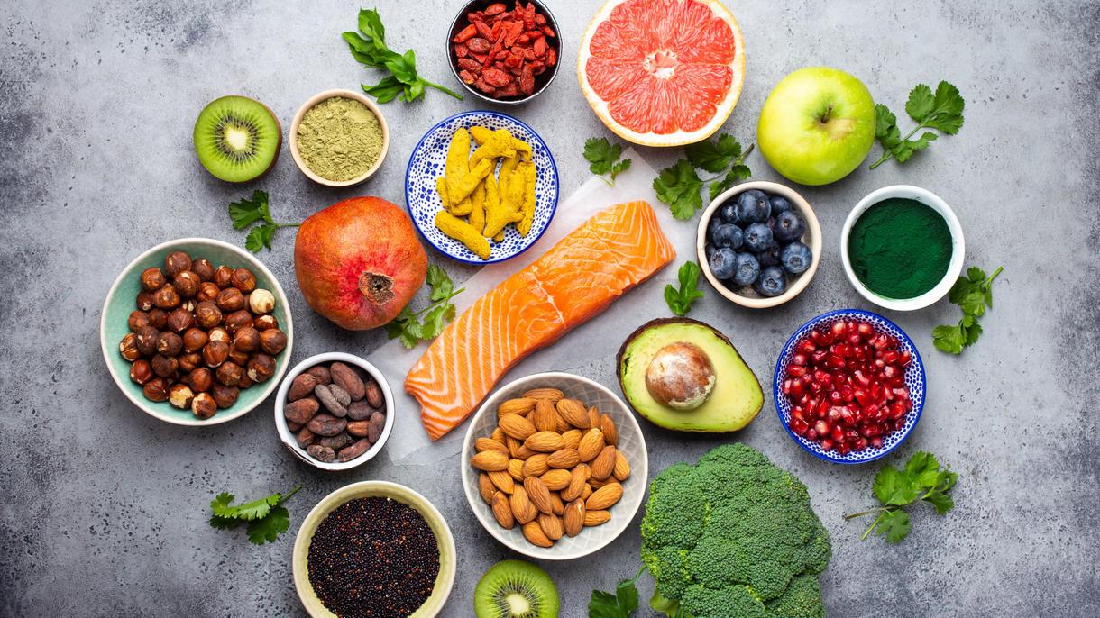 Mit einer gesunden, ausgewogenen Ernährung können wir nicht nur unsere Gesundheit, sondern auch unser Gehirn pushen.