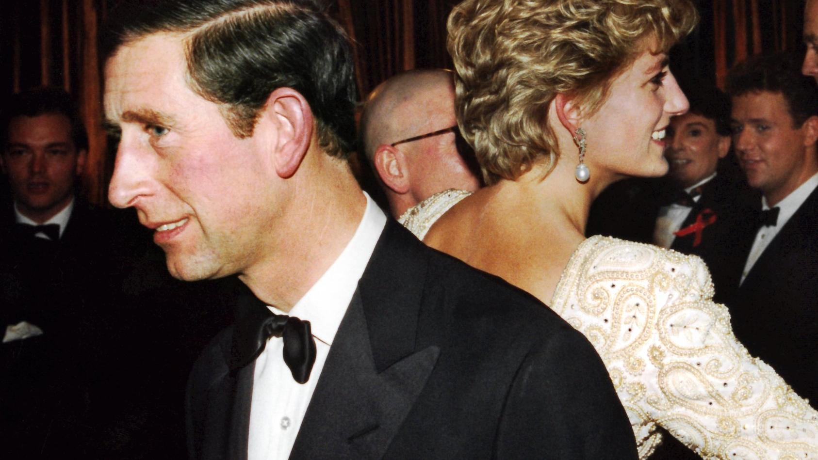 Prinz Charles und Diana haben keine Zeit verloren.