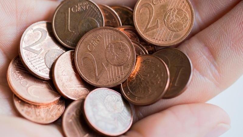 Kleingeld sammelt sich schnell an, aber los wird man es immer schwieriger.