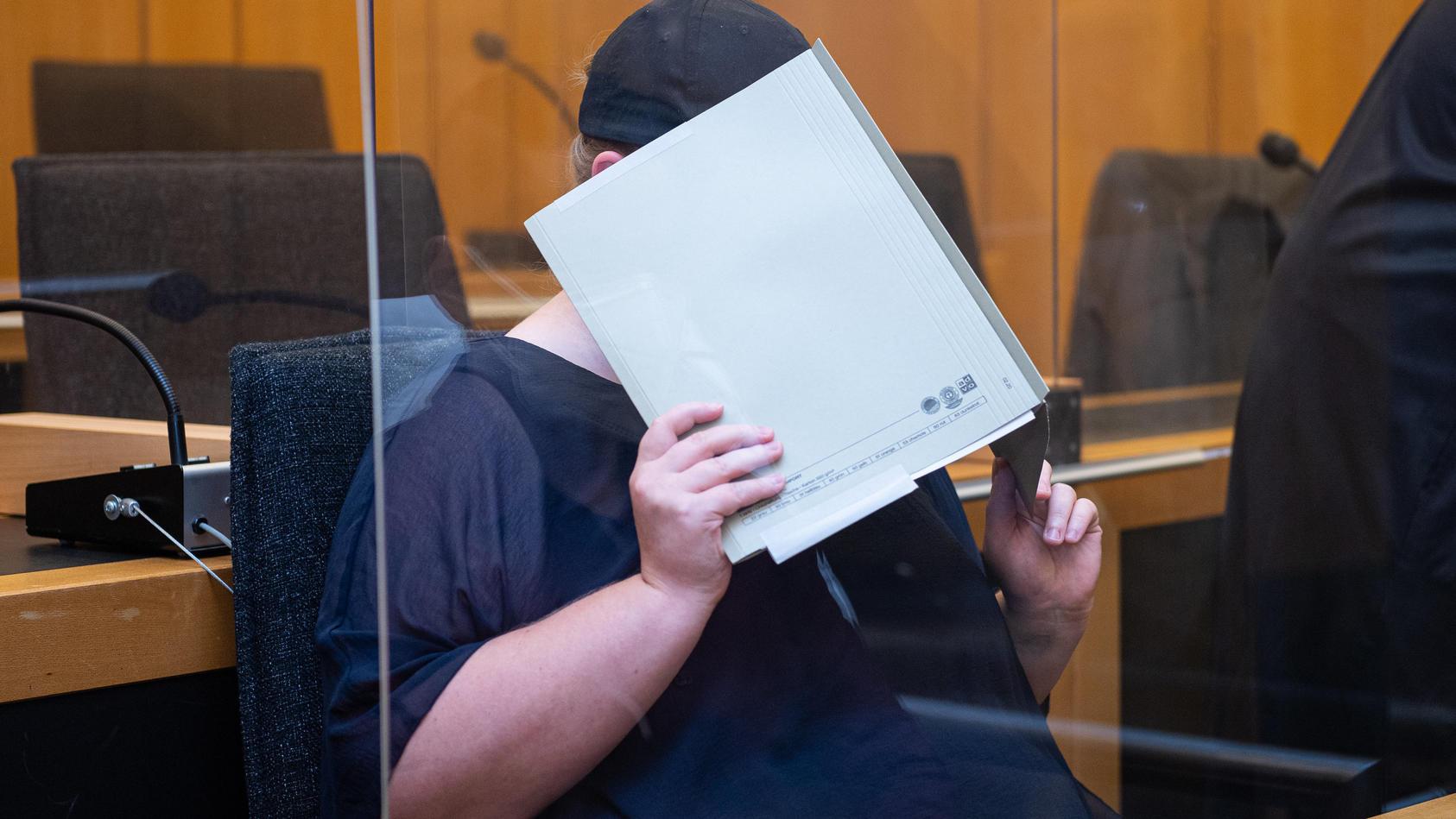Prozess im Missbrauchskomplex Münster gegen die Mutter eines Opfers.