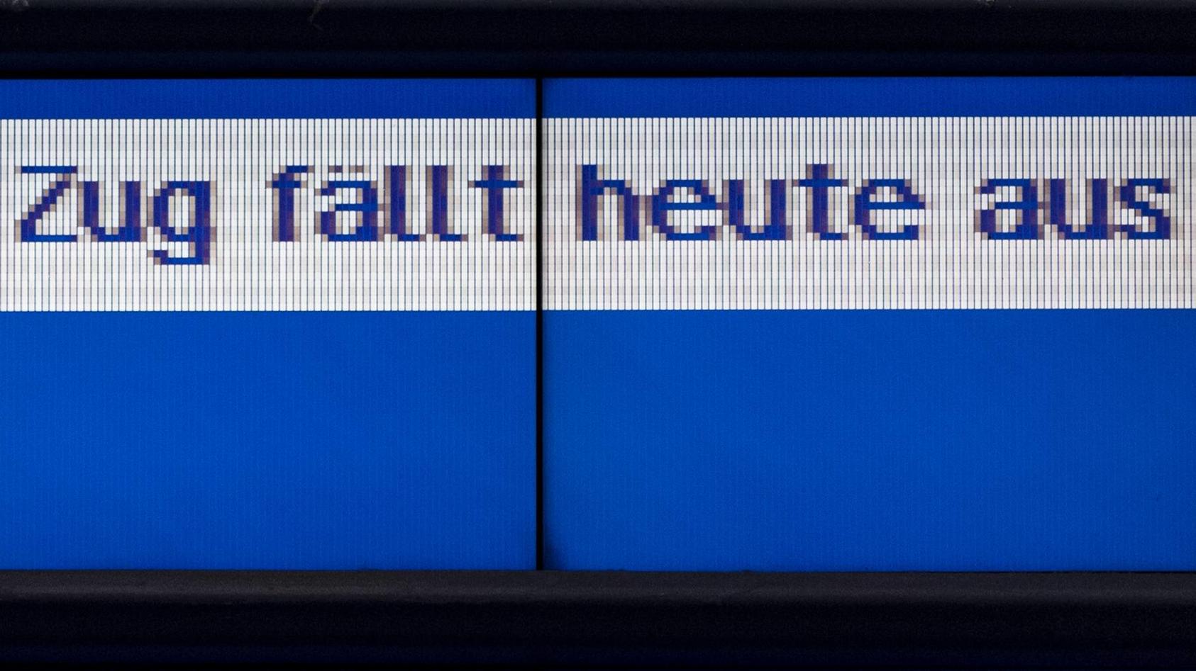"""Das blüht Urlaubern und Berufspendlern bei den angekündigten Bahnstreiks. """"Voll daneben"""", findet ntv-Wirtschaftschef Ulrich Reitz."""