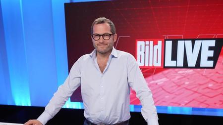 julian-reichelt-chefredakteur-bild-im-studio-foto-jorg-carstensendpa