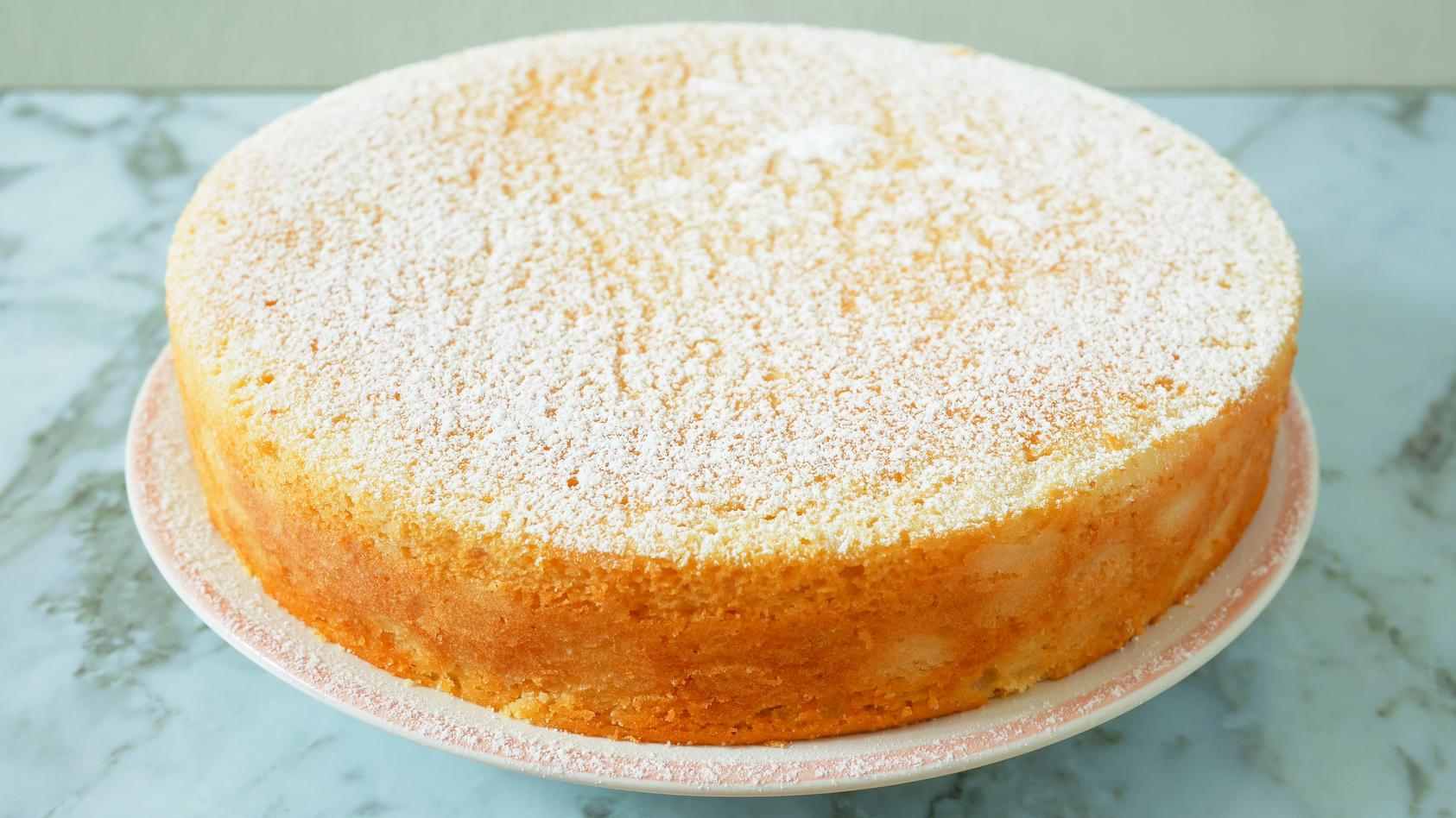 Kuchen backen mit nur drei Zutaten? Lieben wir!