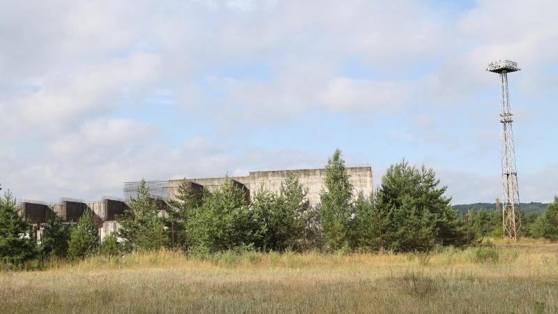Die Bauruine von Polens einzigem Atomkraftwerk. Foto: Doris Heimann/dpa