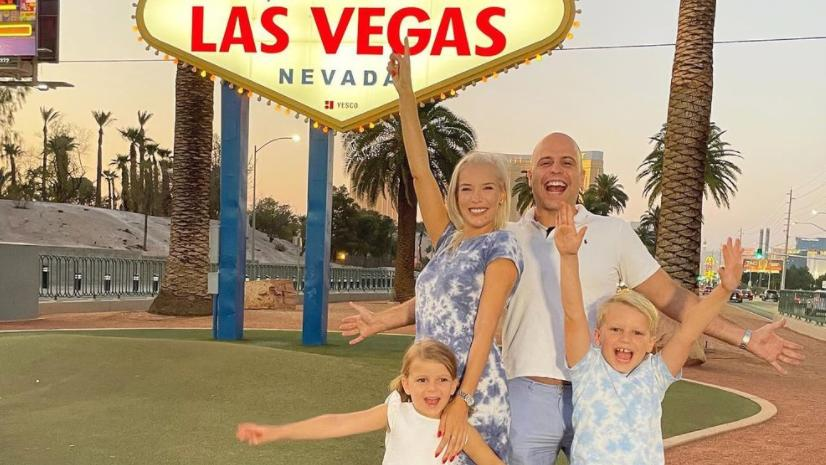 Oksana Kolenitchenko mit ihrer Familie in Las Vegas.