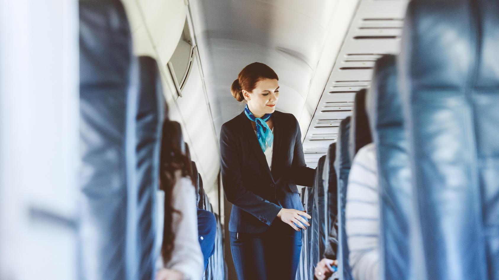 Womit stören Passagiere die Arbeit an Bord am meisten? Wir verraten es.