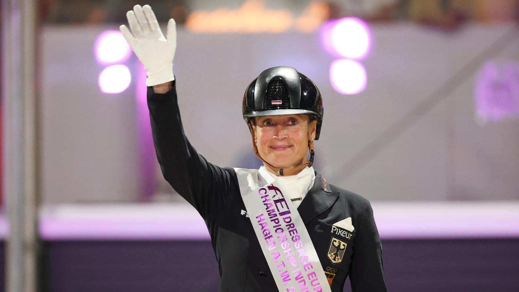 Isabell Werth bei der Dressur-Europameisterschaft.