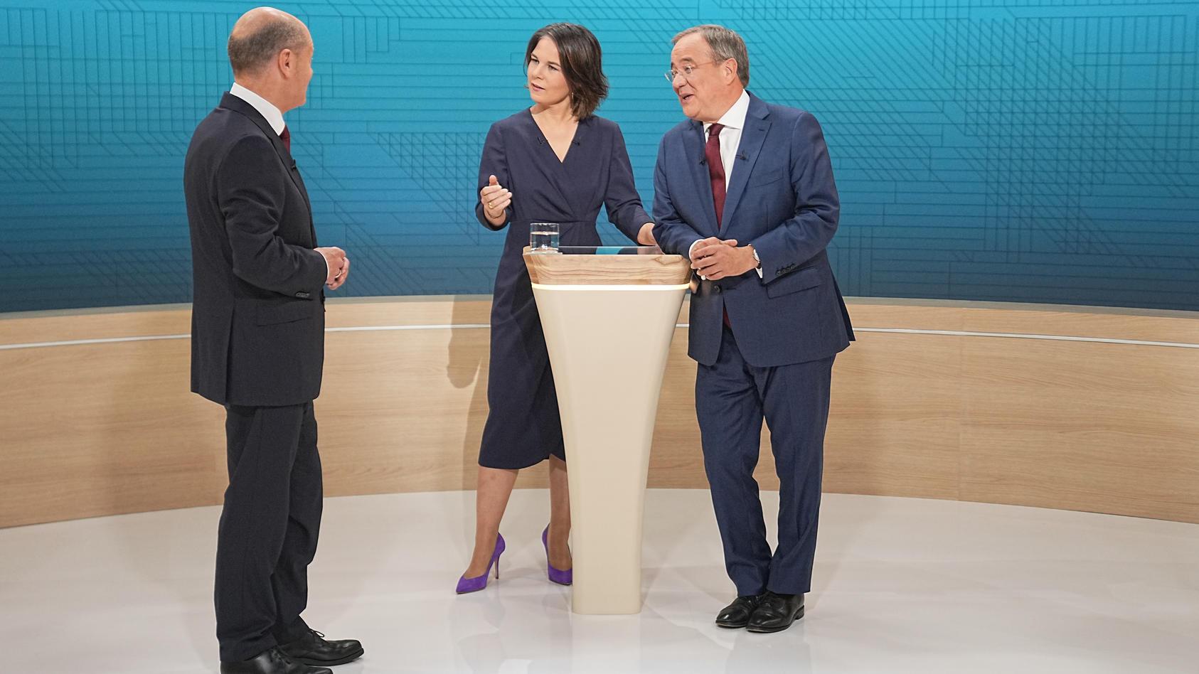 Gerade Armin Laschet und Olaf Scholz lieferten sich im zweiten TV-Triell hitzige Debatten.