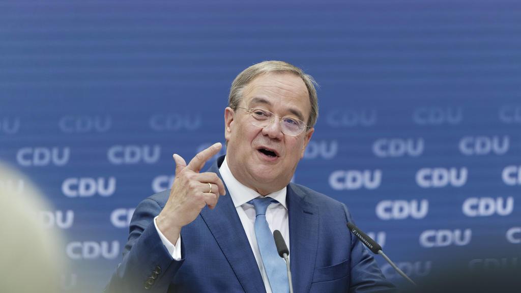 Armin Laschet stellt Sofortprgramm vor 2021-09-13 Deutschland, Berlin - Armin Laschet CDU, Parteivorsitzender, Kanzlerkandidat und Ministerpräsident von Nordrhein-Westfalen, stellt in der Berliner CDU-Zentrale das Sofortprogramm seiner Partei vor. *