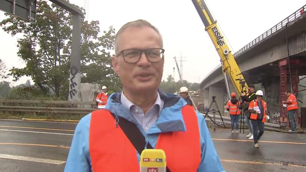 Joachim Nießner, Geschäftsführer WEMO-tec GmbH zeigt sich nach der erfolgreichen Bergung erleichtert.