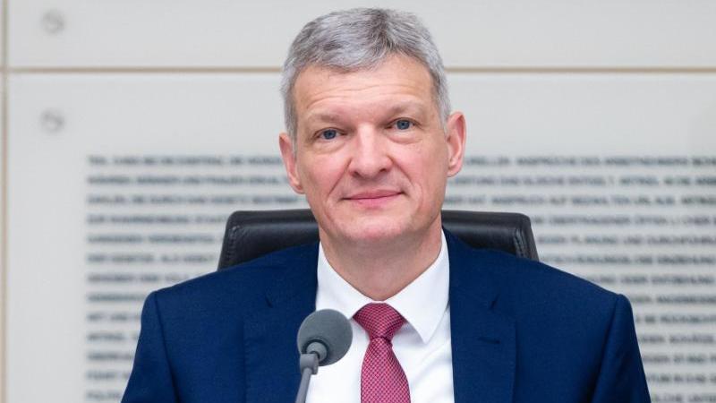 Der saarländische Landtagspräsident Stephan Toscani in Saarbrücken. Foto: Oliver Dietze/dpa