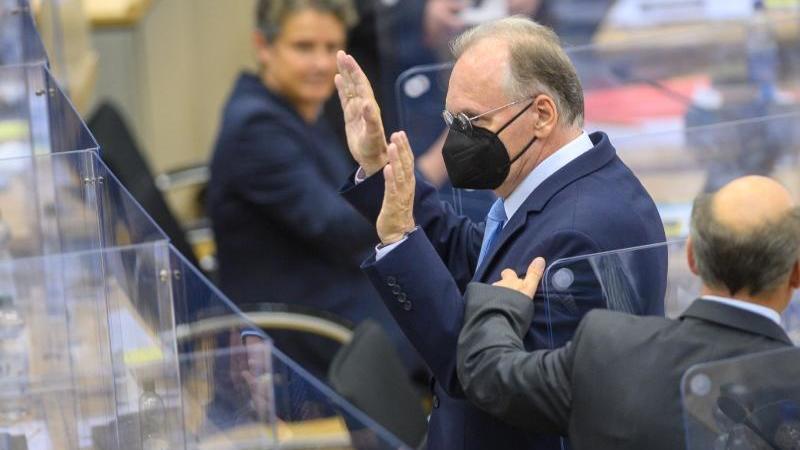 Reiner Haseloff (CDU) im Plenarsaal des Landtages. Foto: Klaus-Dietmar Gabbert/dpa-Zentralbild/dpa