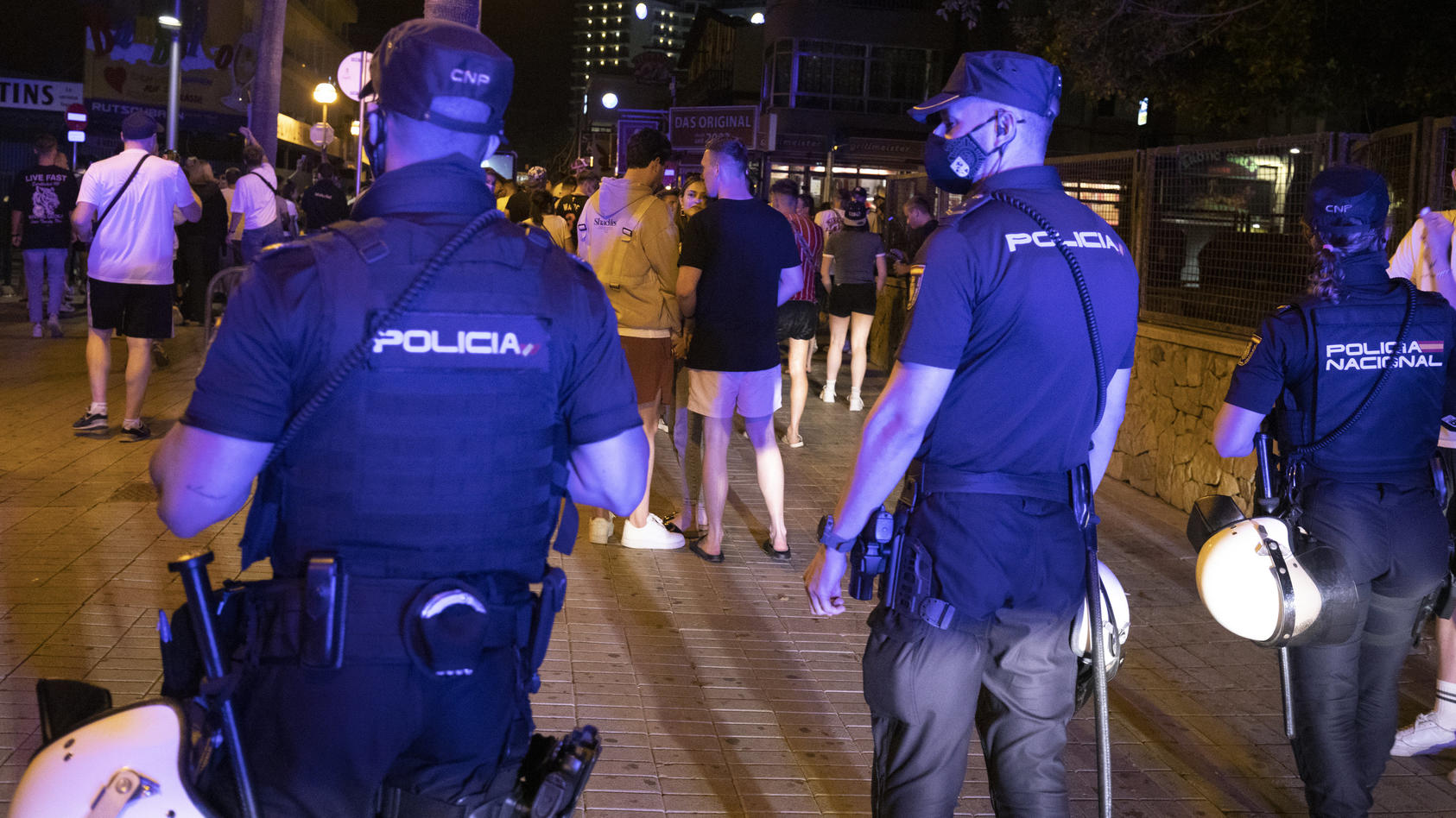 Am Strand von Mallorca wurde ein 27-jähriger Niederländer zu Tode geprügelt.