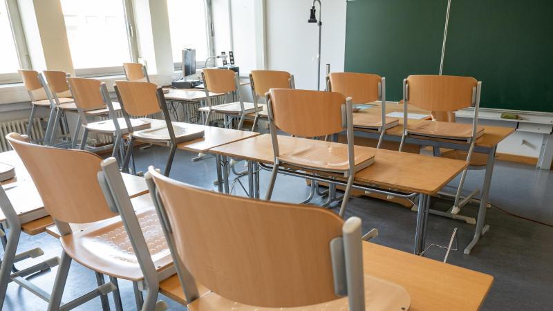 In den ersten Corona-Wellen waren die Schulen in Deutschland häufig geschlossen oder nur eingeschränkt geöffnet. Foto: Peter Kneffel/dpa