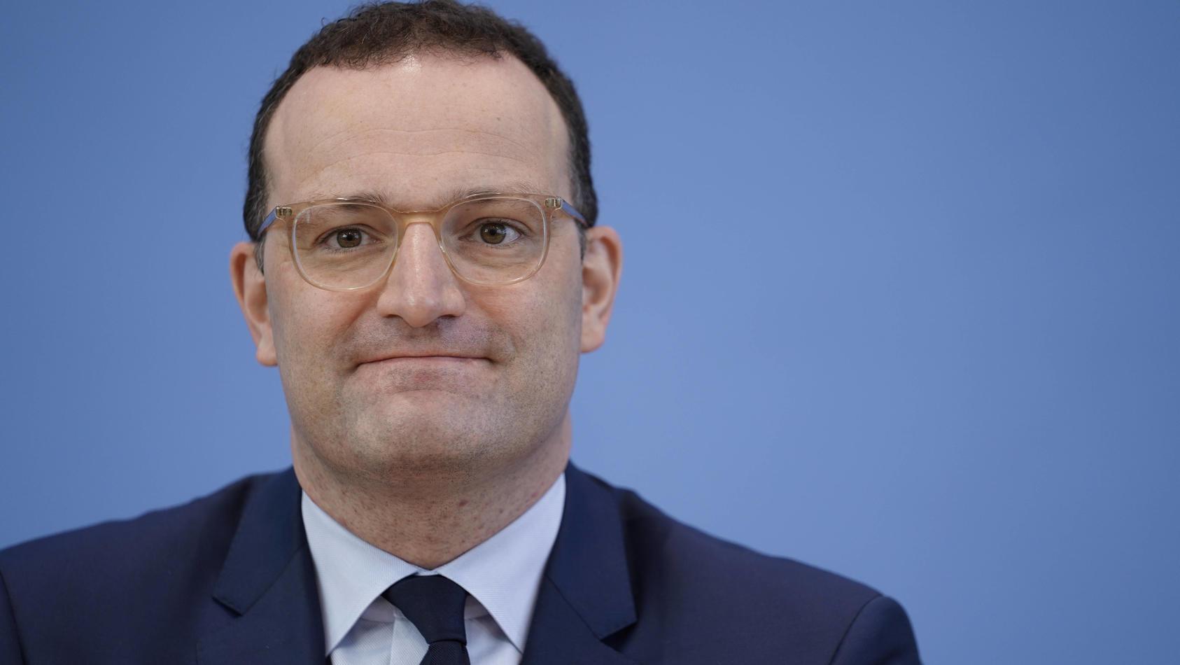 Jens Spahn verspricht Teenagern und Schwangeren Gratis-Tests bis Jahresende.