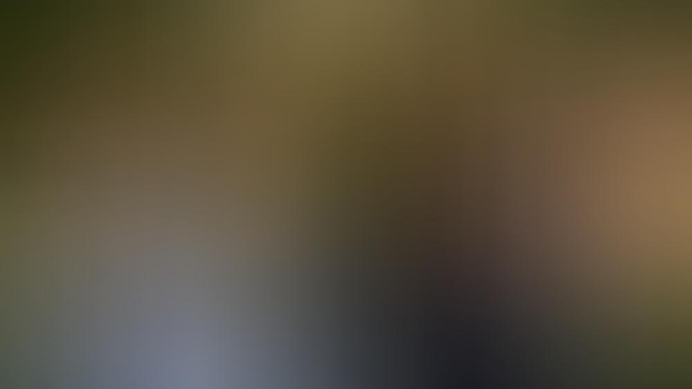 """""""Käthe und ich: Im Schatten des Vaters"""": Paul (Christoph Schechinger, rechts) will herausfinden welches Verhältnis Roman (Nico Ramon Kleemann) zu seiner Halbschwester Jasmina hat."""