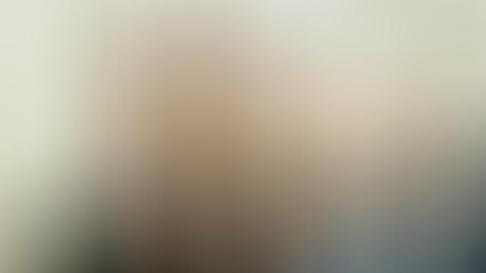 """Max Ballauf (Klaus J. Behrendt, l.) und Freddy Schenk (Dietmar Bär) müssen im neuen """"Tatort: Der Reiz des Bösen"""" ins Gefängnis."""