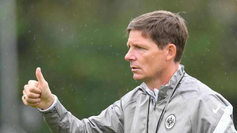 Cheftrainer Oliver Glasner. Foto: Arne Dedert/dpa/Archivbild