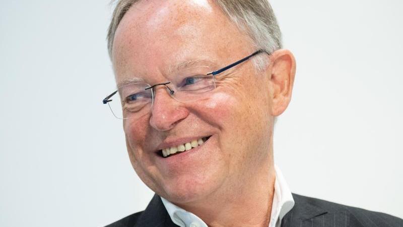 Ministerpräsident Stephan Weil (SPD). Foto: Julian Stratenschulte/dpa/Archivbild