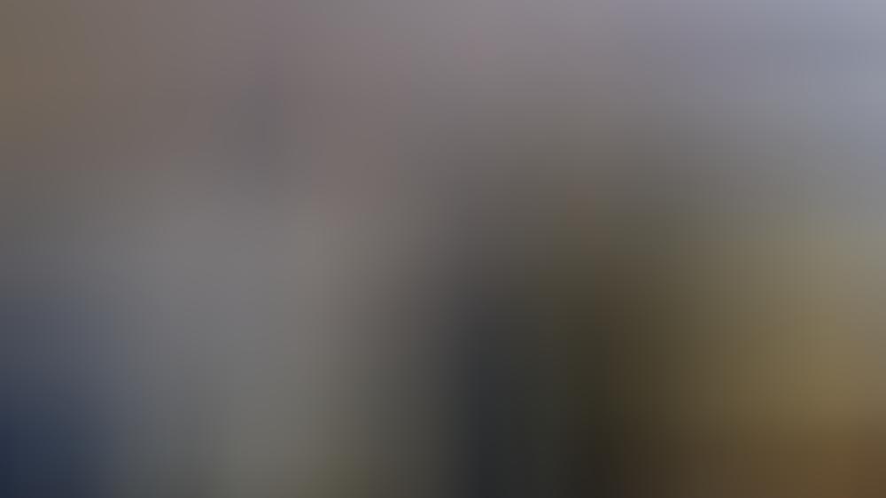 Gérard Depardieu bei seiner Stimmenabgabe in der russischen Botschaft in Paris.