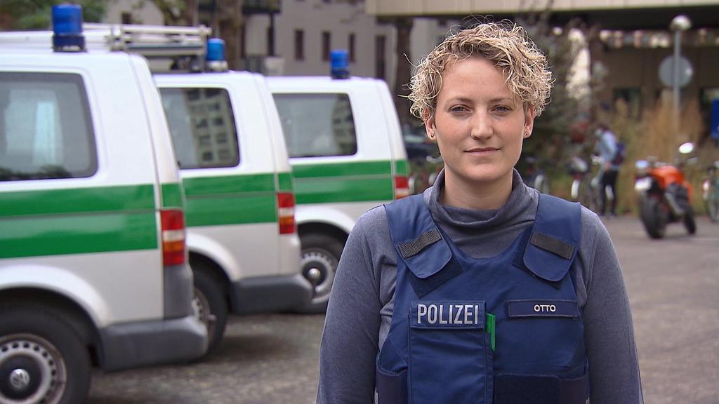 Polizistin Jennifer Otto fragt: Wer schützt uns?