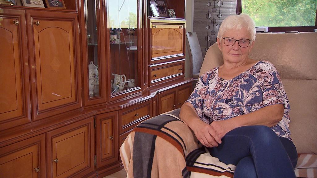 Obwohl sie jahrzehntelang gearbeitet hat, lebt die Rentnerin von 794 Euro Rente im Monat.