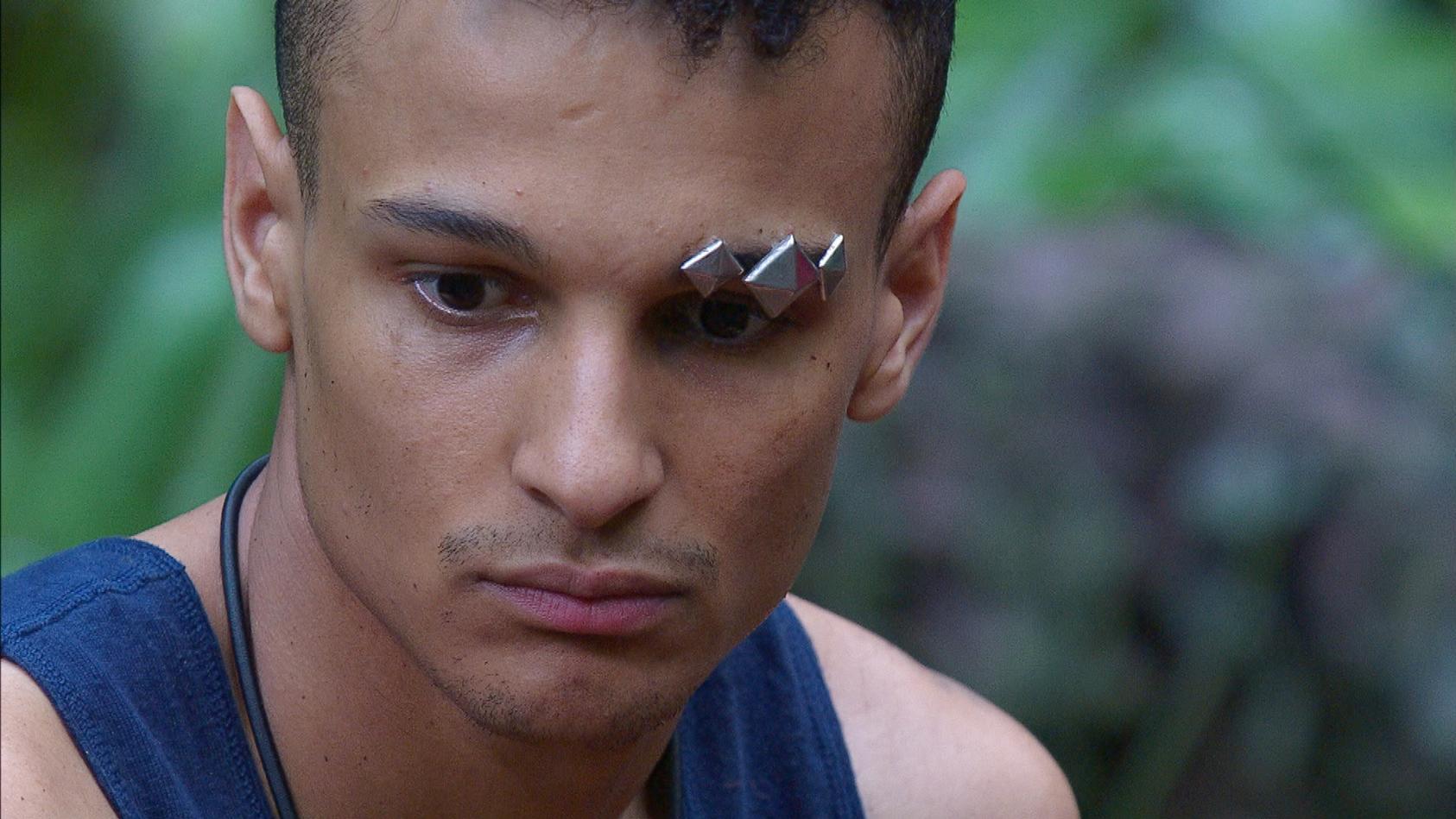 Auch im Dschungelcamp 2020 zeigt Prince Damien seine verletzliche, nachdenkliche Seite.