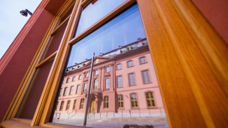 """Das frisch sanierte """"Deutschhaus"""". Foto: Andreas Arnold/dpa/Archivbild"""