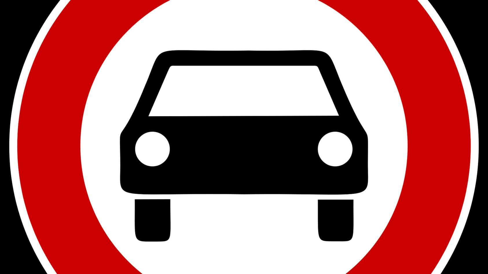 Weniger Autos, mehr Menschen - mit dieser einfach Formel wollen viele Kommunen Autos aus den Innenstädten verbannen.