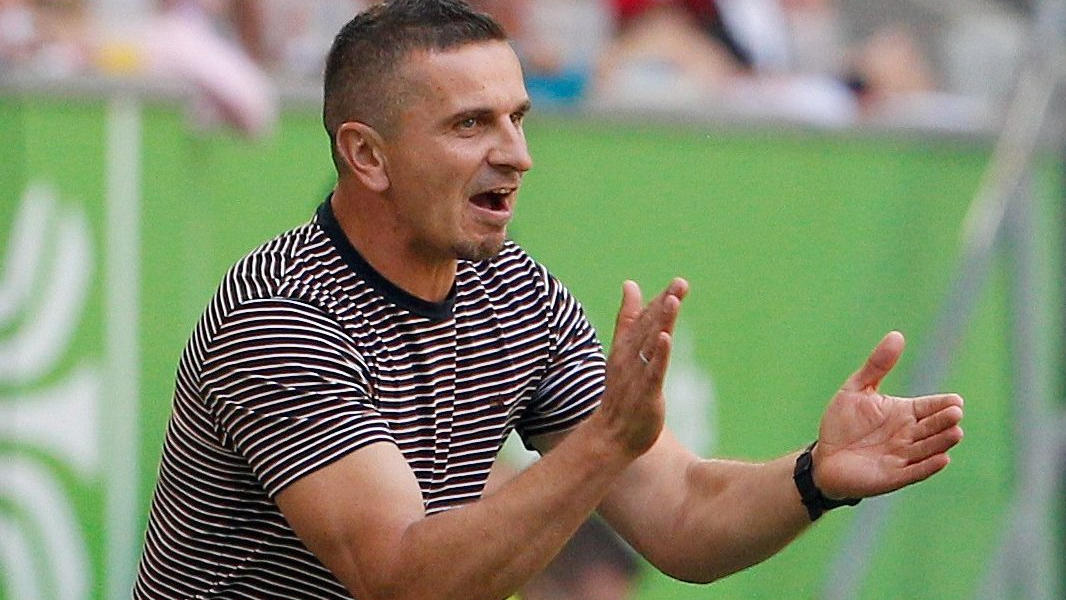 Mersad Selimbegovic trainert seit 2019 Jahn Regensburg
