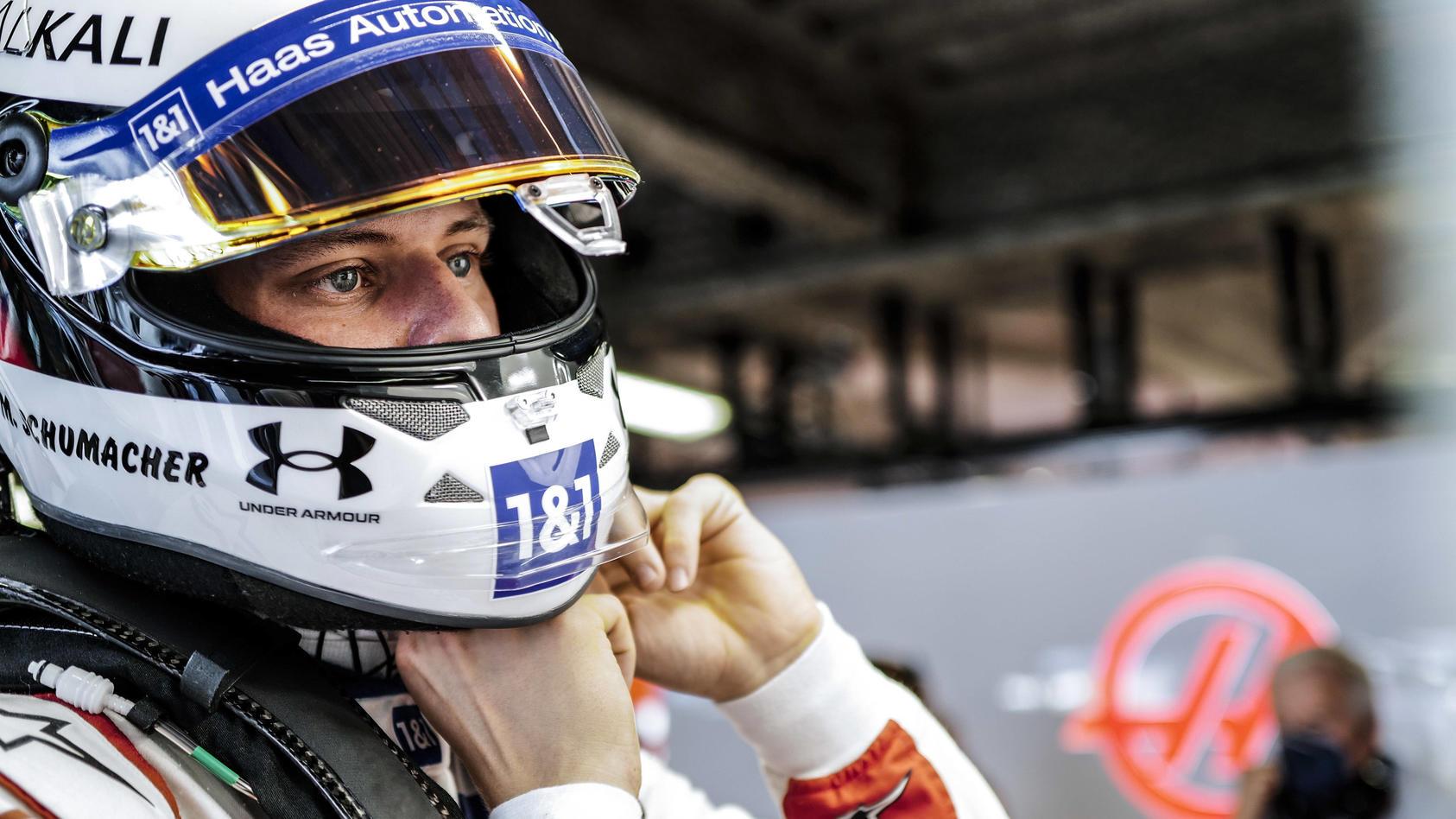 Mick Schumacher sitzt auch 2022 im Haas.
