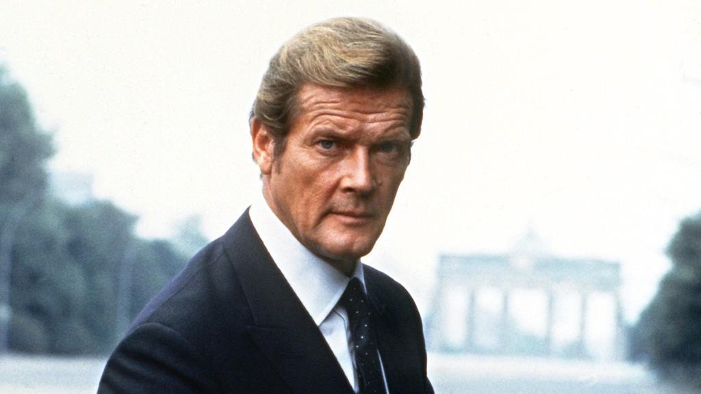 Roger Moore (†89) in seiner Rolle als 007