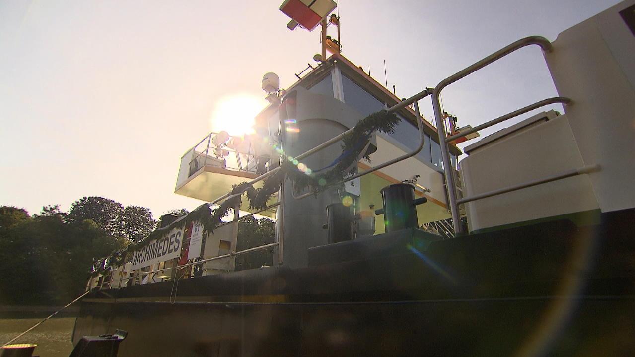 Schiffstaufe in Duisburg - Tauchglockenschiff Archimedes getauft