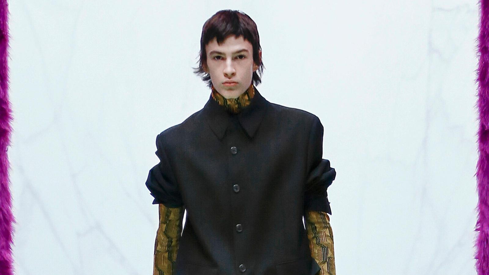Lenn Julian bei der Prada-Show auf der Mailand Fashion Week 2021