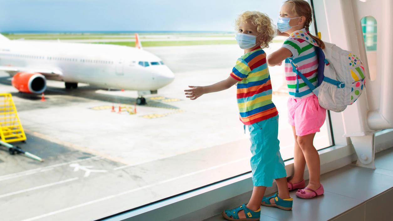 Die Herbstferien stehen vor der Tür - was ist bei einem Urlaub mit ungeimpften Kindern jetzt zu beachten?