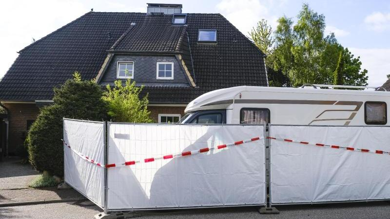 In diesem Haus wurden zwei Tote gefunden, mutmaßlich Opfer des Zahnarztes Hartmut F. (Archivbild)