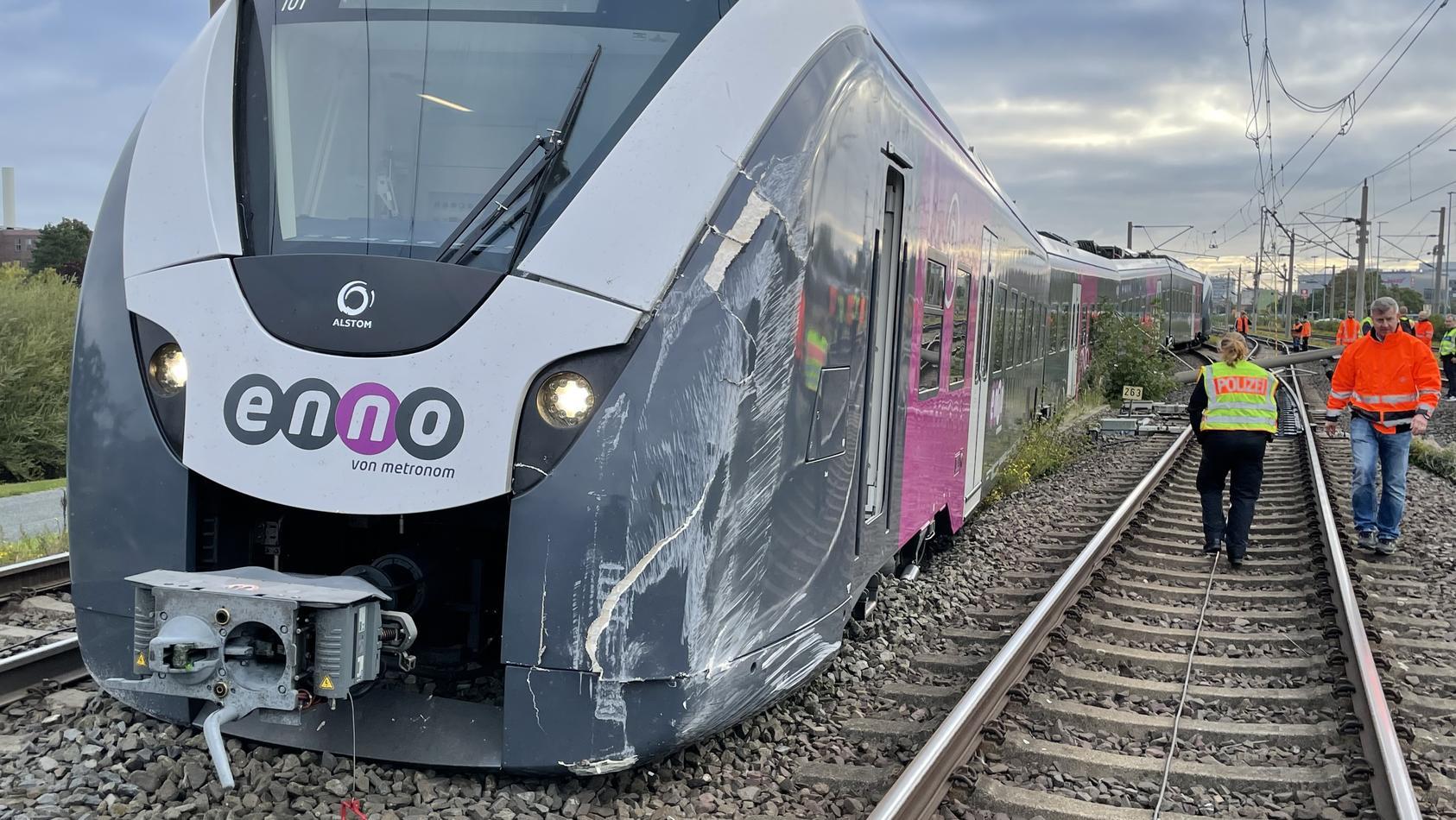 Der Zug war auf ein Notgleis geraten.